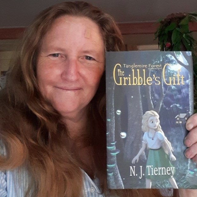Nicola Tierney with The Gribble's Gift Books